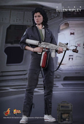 Фигурка Рипли — Hot Toys Alien Movie Masterpiece 1/6 Ellen Ripley
