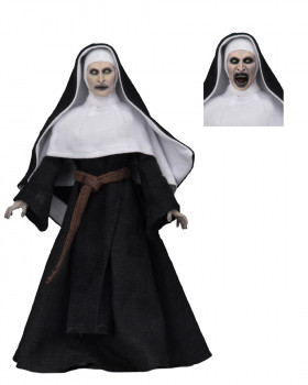 Фигурка Монахини — The Nun Valak Figure Neca
