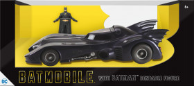 Модель Бэтмобиля — Batmobile 1989 1/24 w Batman Bendable Figure