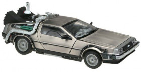 Модель ДеЛориан — Back to the Future Diecast Model 1/18 DeLorean